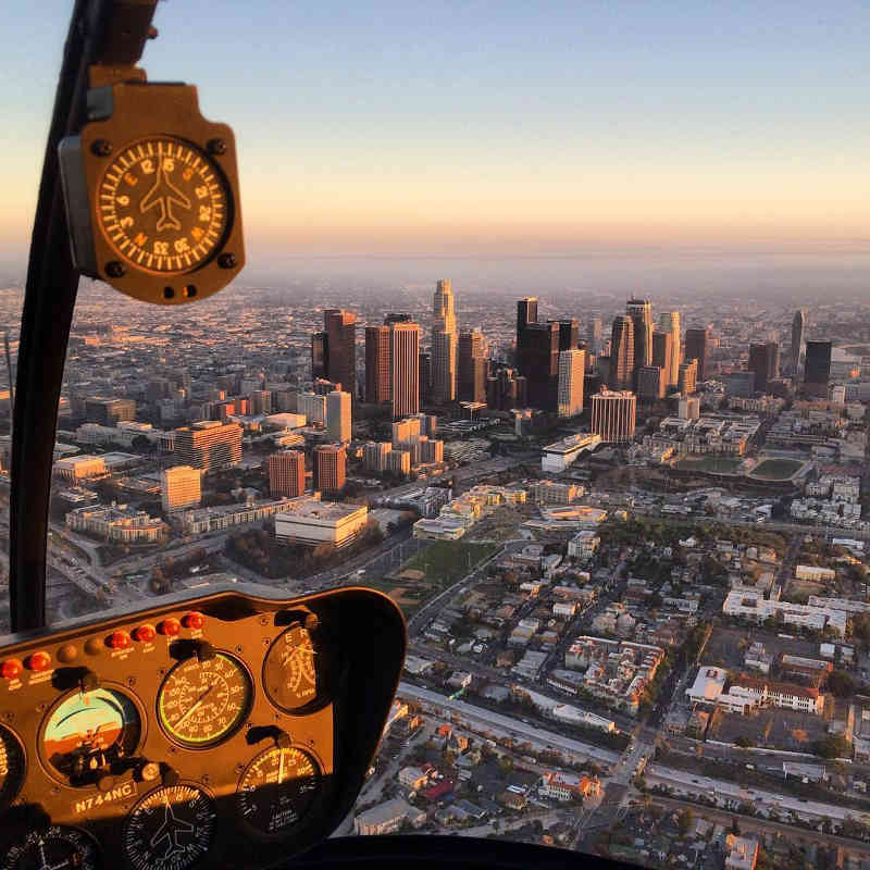 Los Angeles Helicopter Tours - Signature Red Carpet Tour